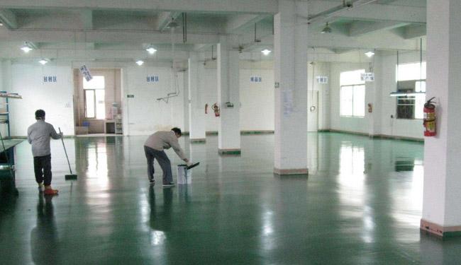 地坪漆怎么刷